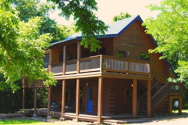 1 River Bend Lodge 2 .JPG