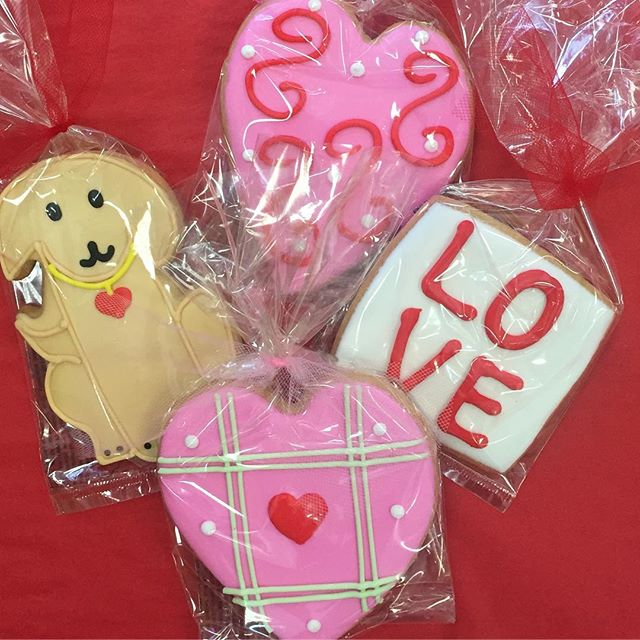 Get your Valentine a sweet treat! #shopgalleriariverside