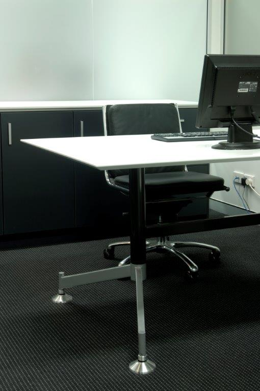 Executive Desk - Staron