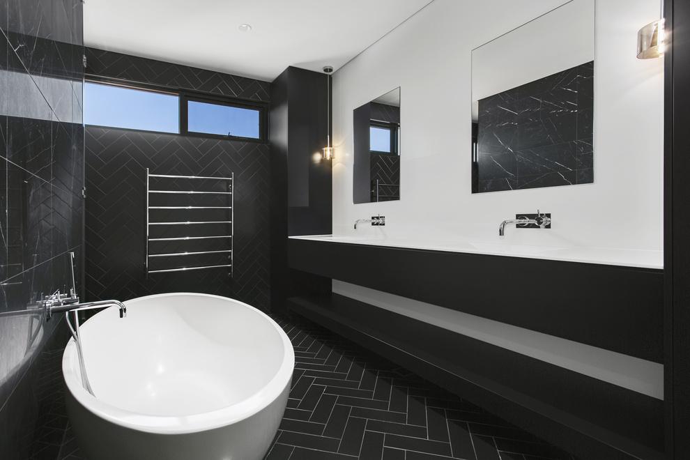 Carranya_Road_5_Riverview_(Bathroom_4).jpg