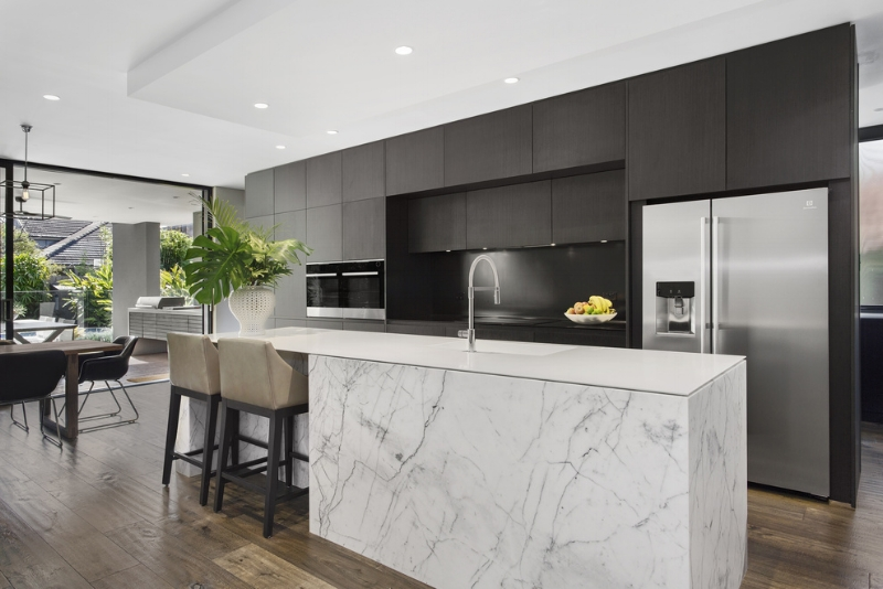 Carranya_Road_5_Riverview_(Kitchen).jpg