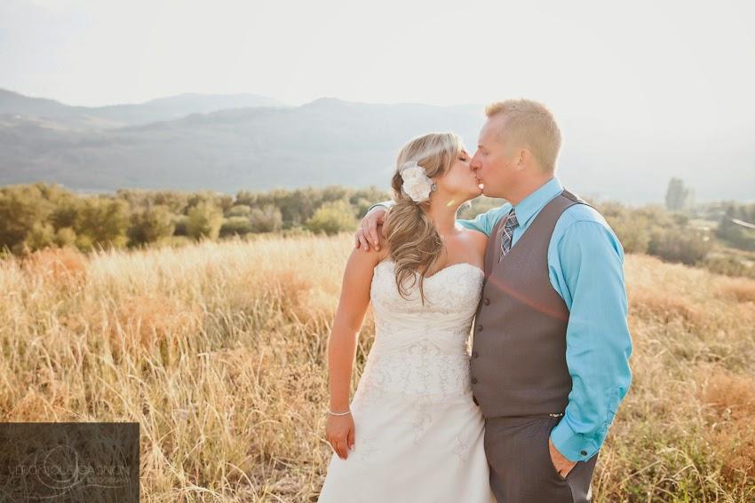 Victoria BC Wedding Photographer, Veronique Gagnon Photography, Osoyoos Wedding