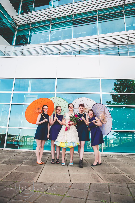 The pretty bridesmaids!