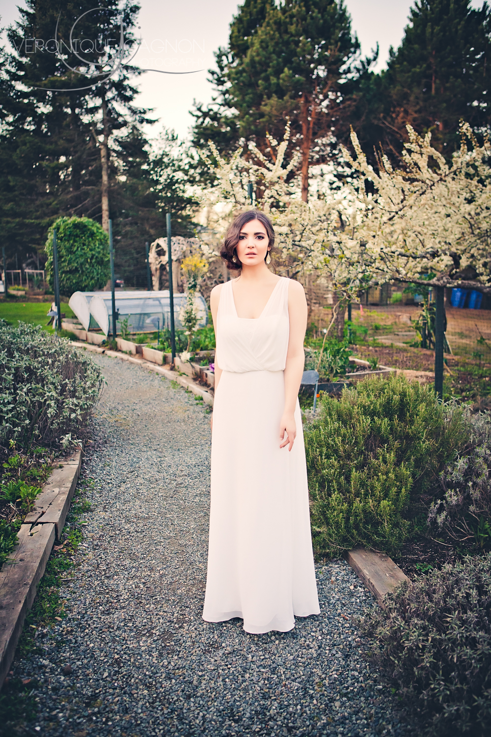 Bridesmaid in the Sooke Harbour House Gardens