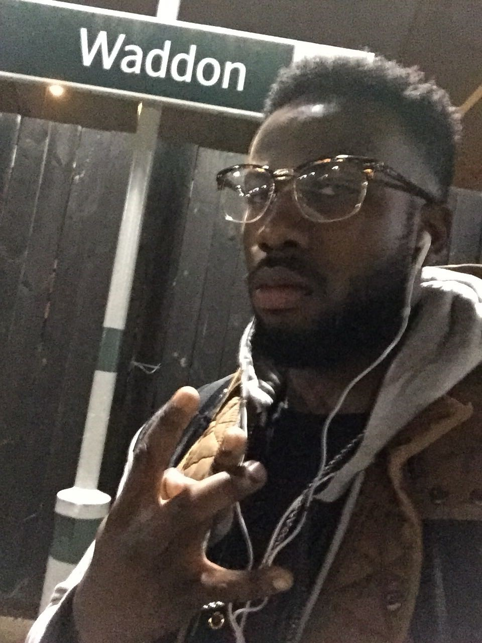Back in Saaf London: The original bigman fresh off the train in ends getting ready to touch down at yard for fresh pounded yam and egusi soup from the marj <3