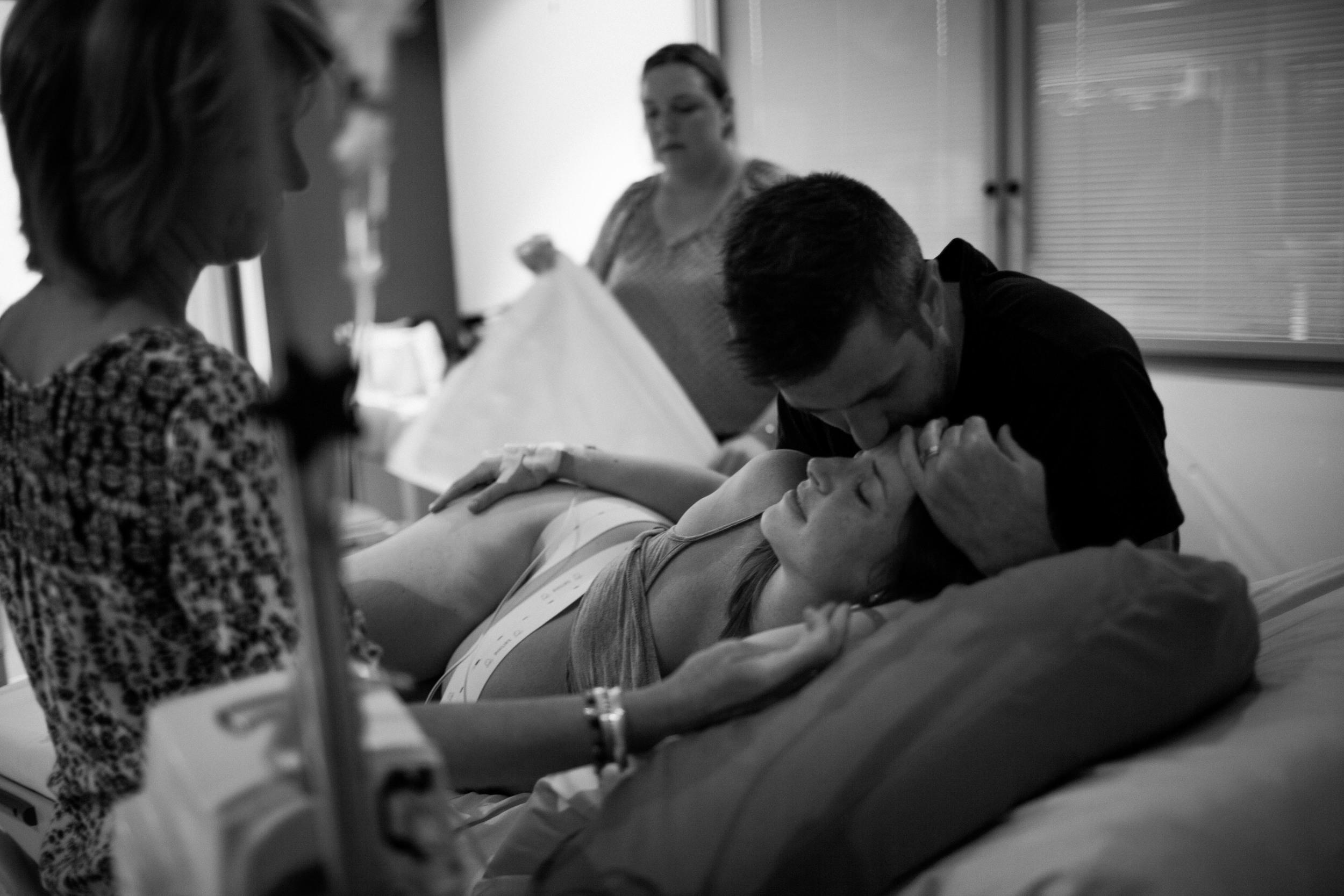 THEFIRSTHELLO - BIRTH PHOTOGRAPHY-5.jpg