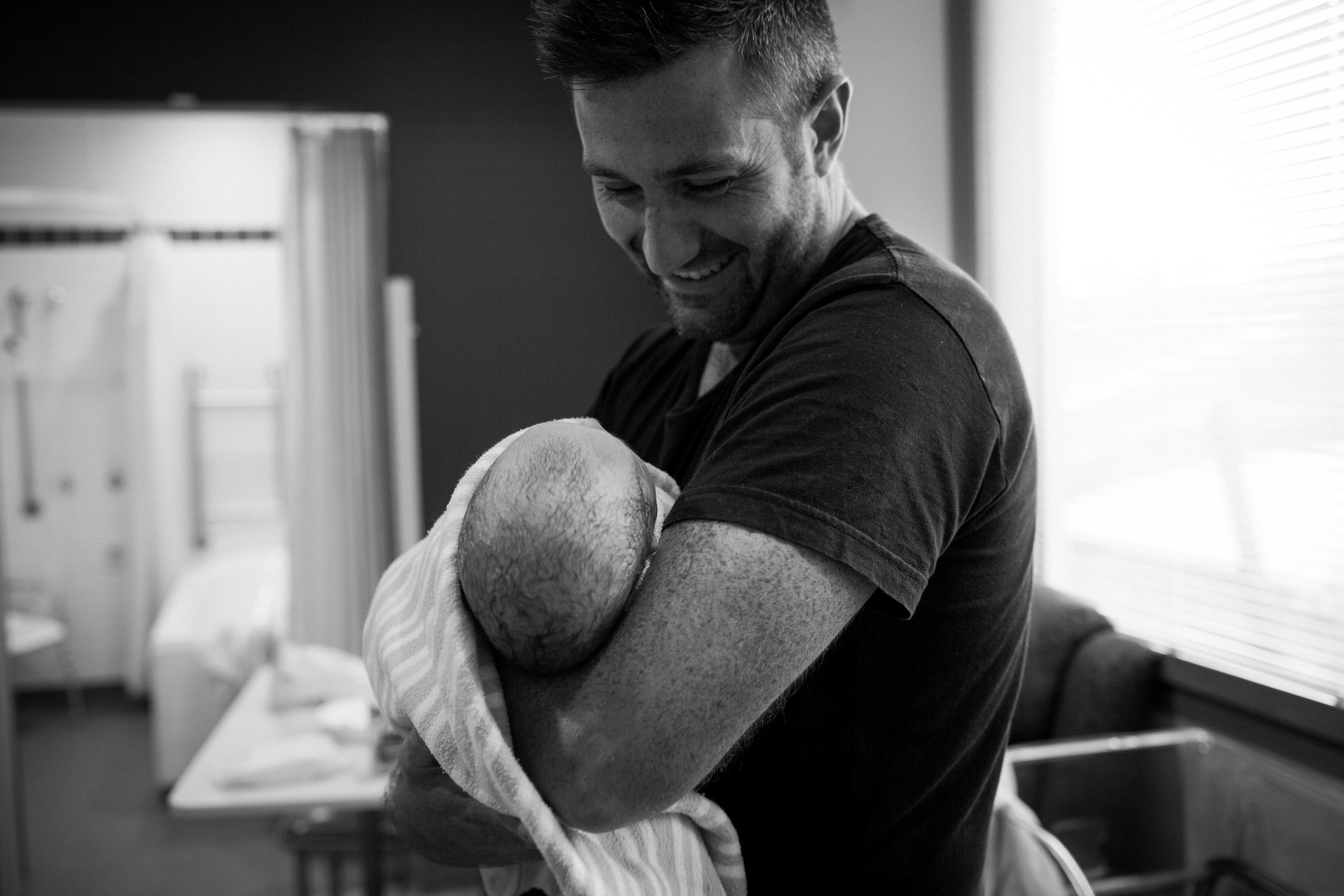 THEFIRSTHELLO - BIRTH PHOTOGRAPHY-21.jpg