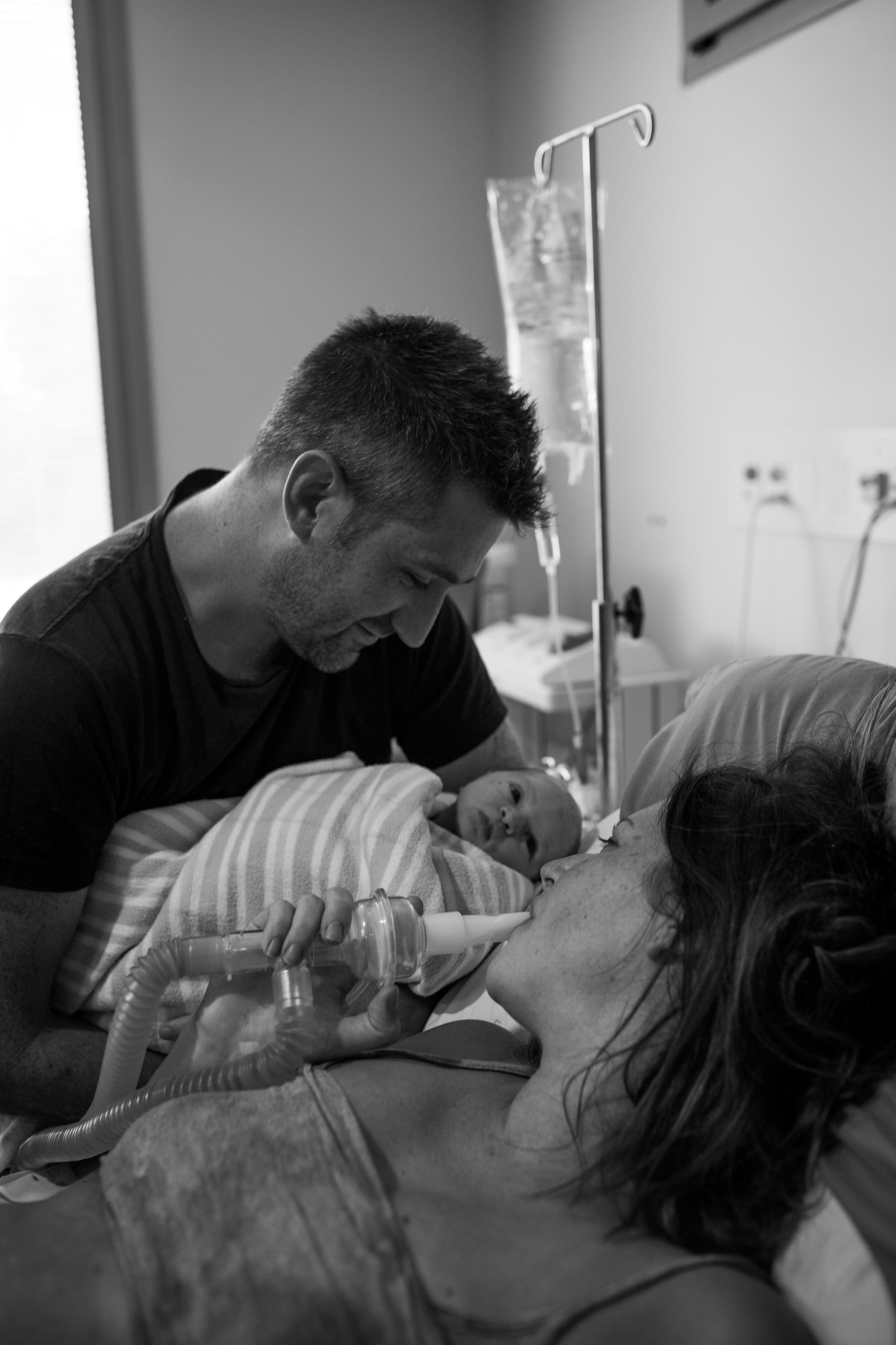 THEFIRSTHELLO - BIRTH PHOTOGRAPHY-25.jpg