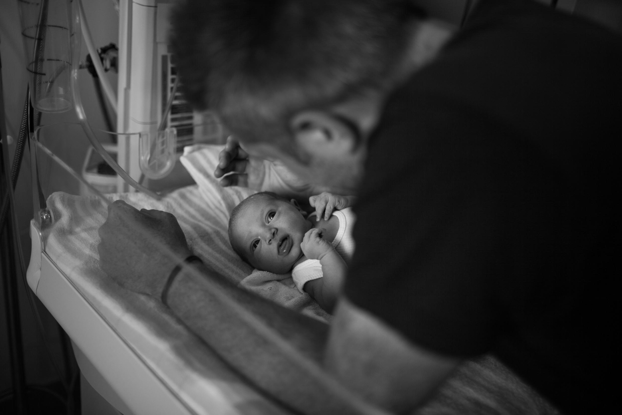 THEFIRSTHELLO - BIRTH PHOTOGRAPHY-39.jpg