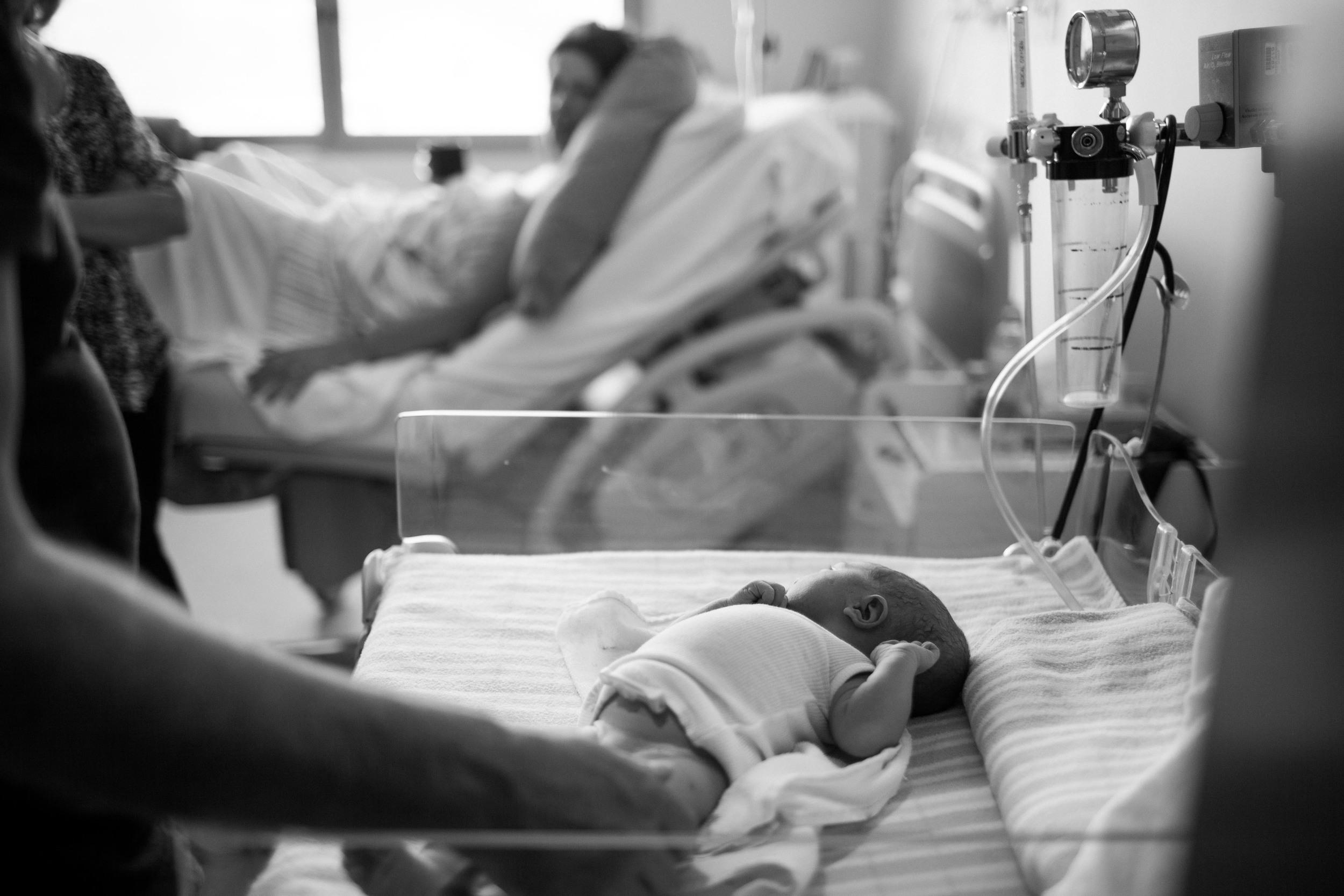 THEFIRSTHELLO - BIRTH PHOTOGRAPHY-40.jpg