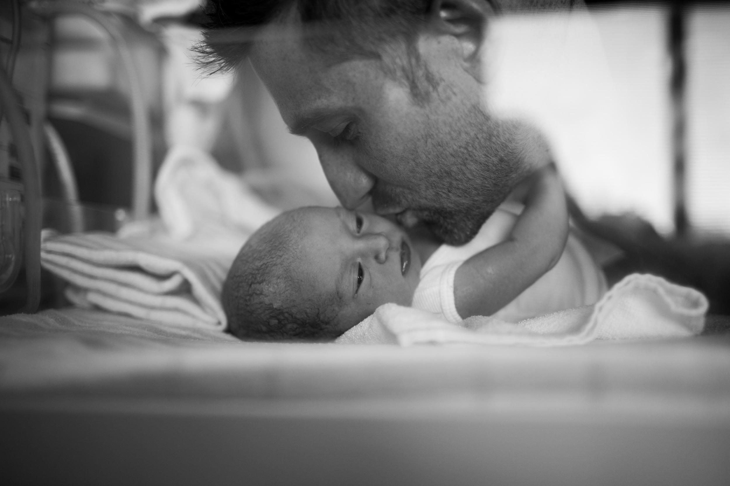 THEFIRSTHELLO - BIRTH PHOTOGRAPHY-42.jpg