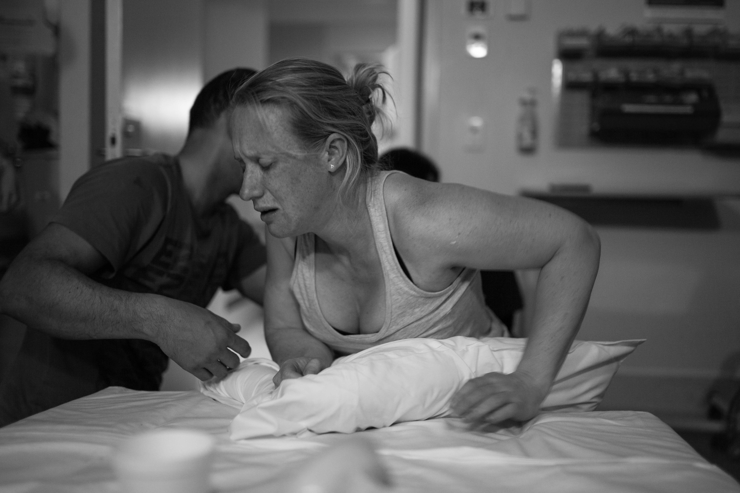 THEFIRSTHELLO - birth photography-102.jpg