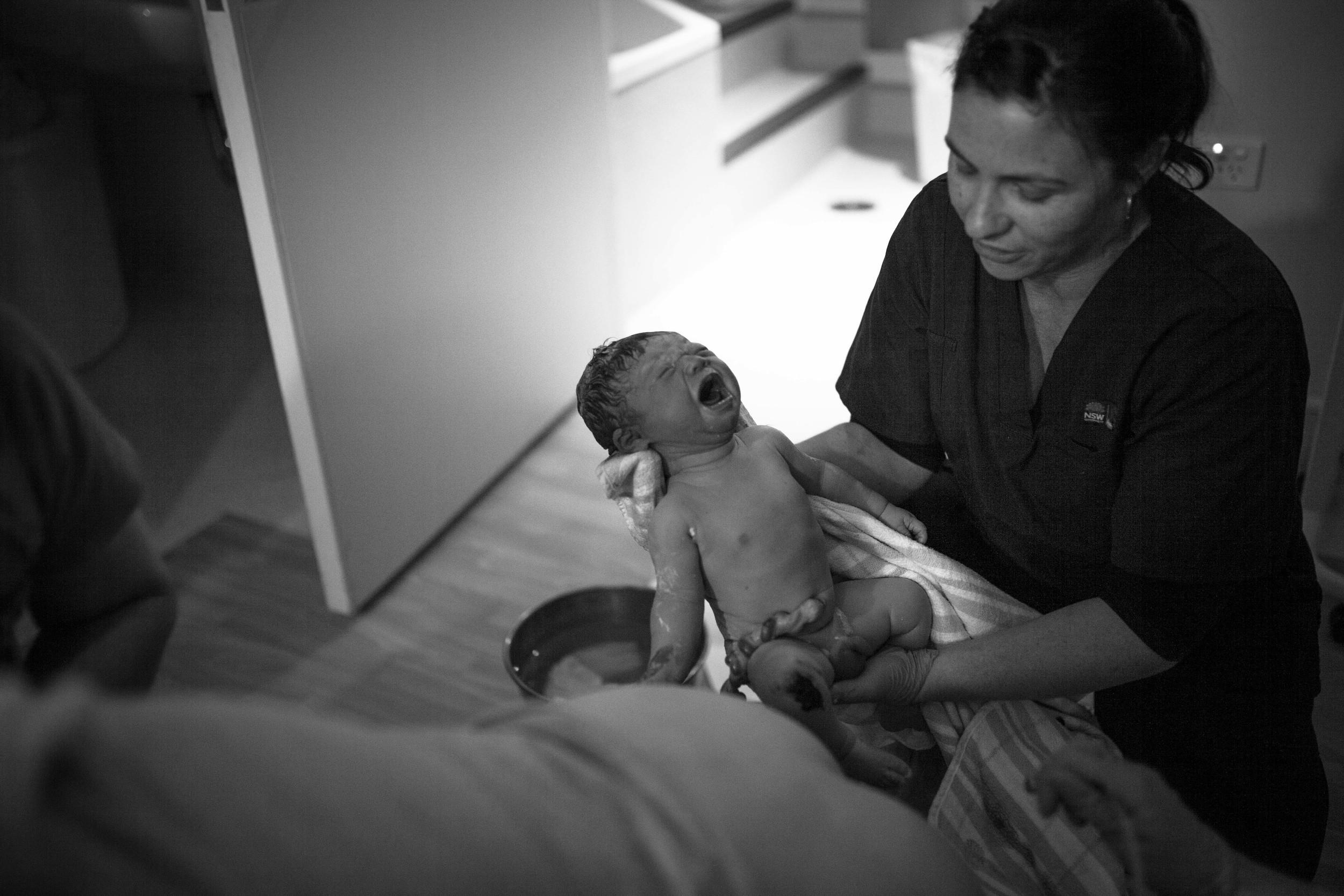 THEFIRSTHELLO - birth photography-108.jpg