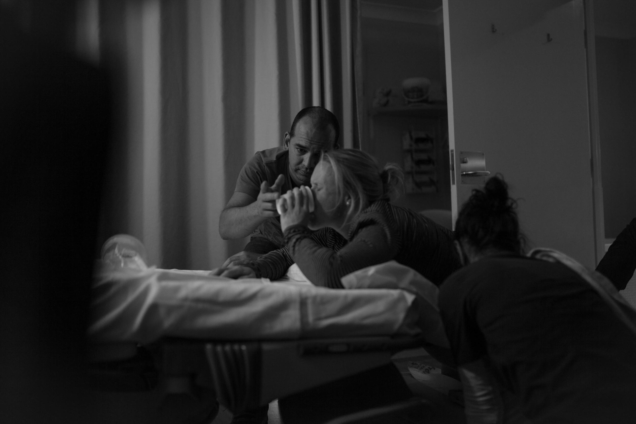 THEFIRSTHELLO - birth photography-128.jpg