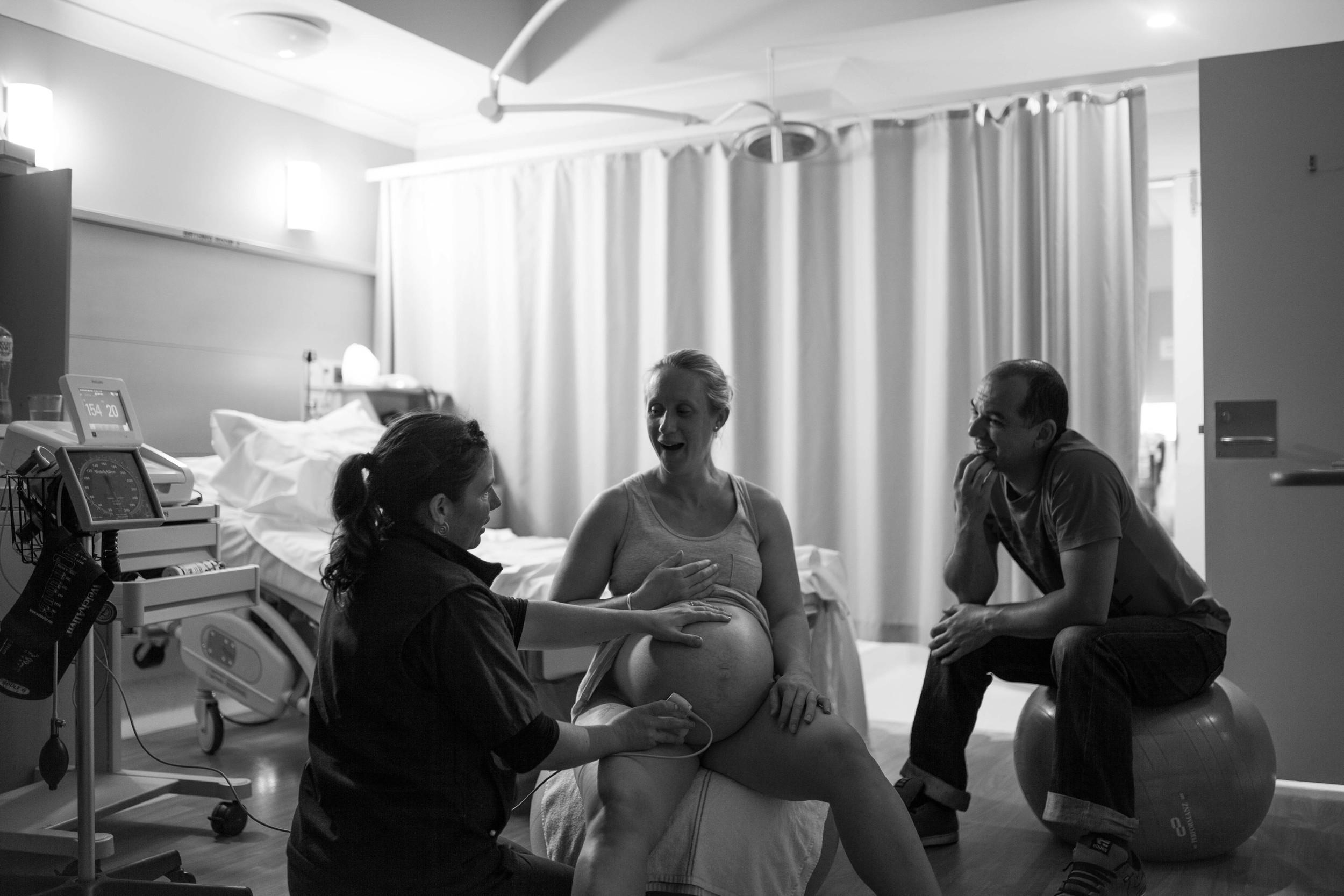 THEFIRSTHELLO - birth photography-145.jpg
