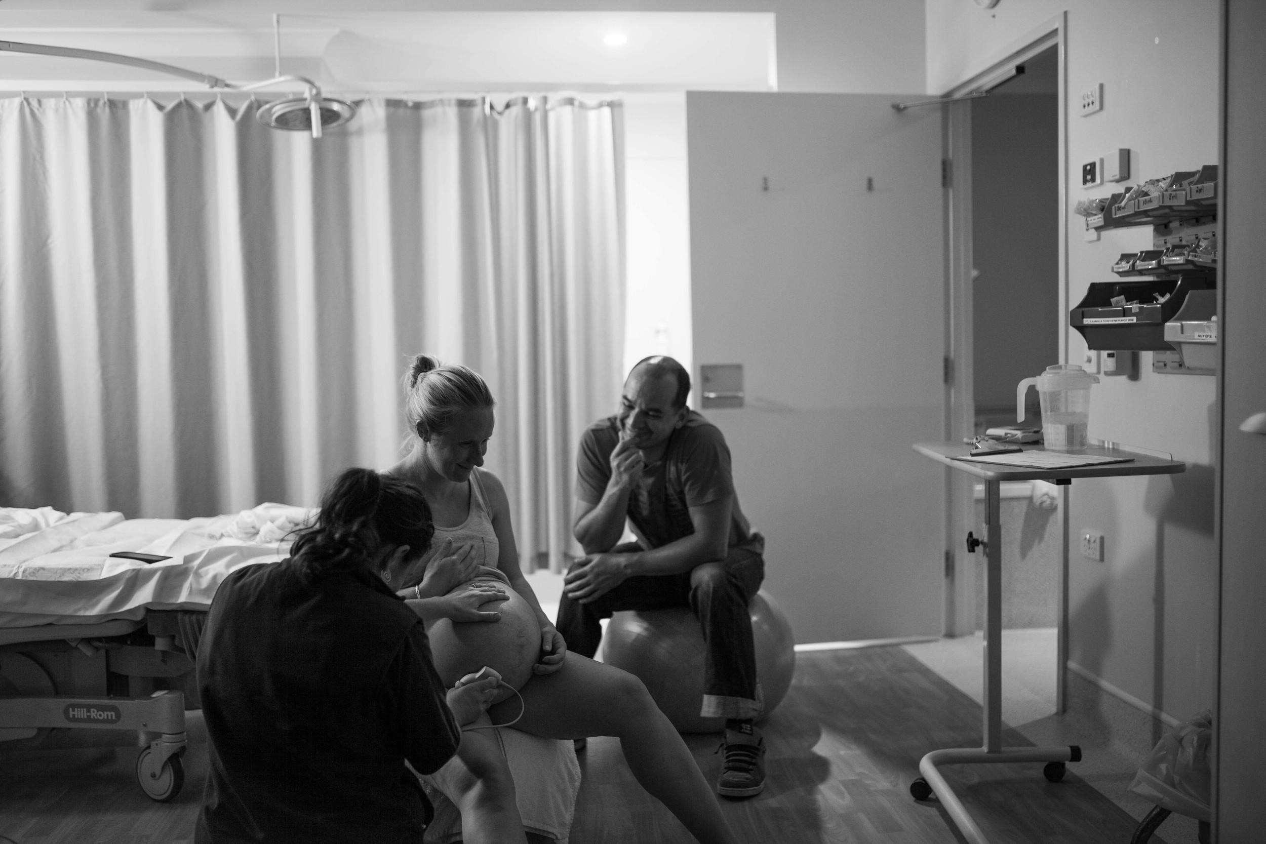 THEFIRSTHELLO - birth photography-146.jpg