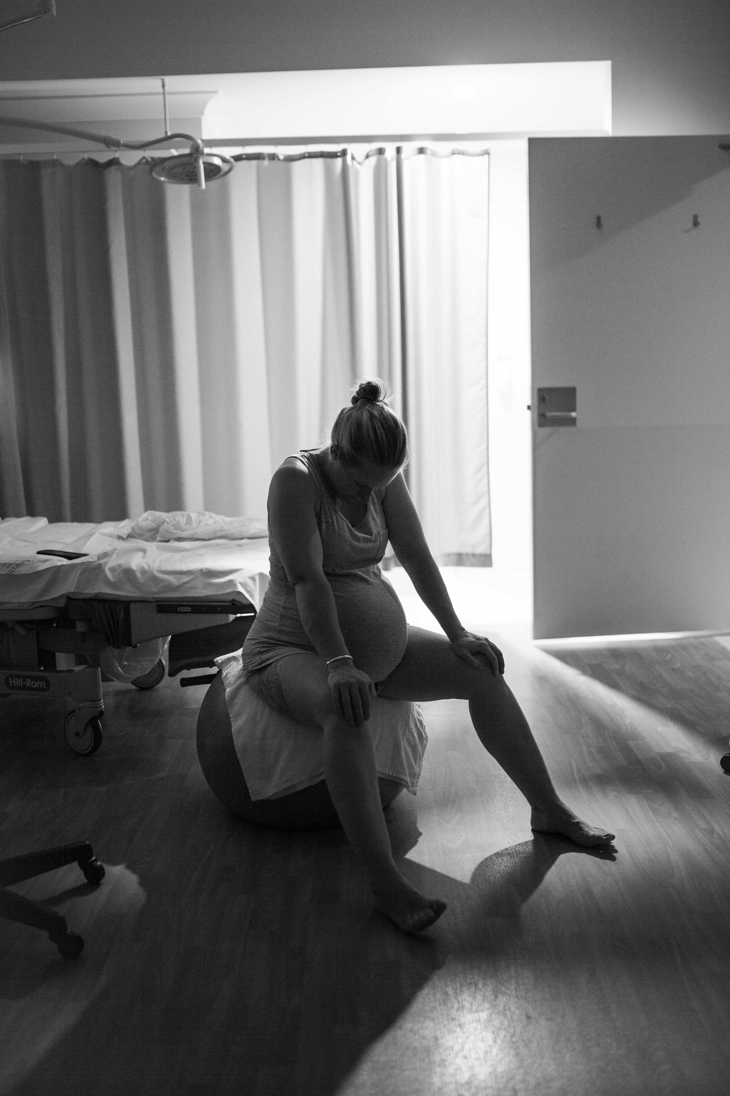 THEFIRSTHELLO - birth photography-150.jpg