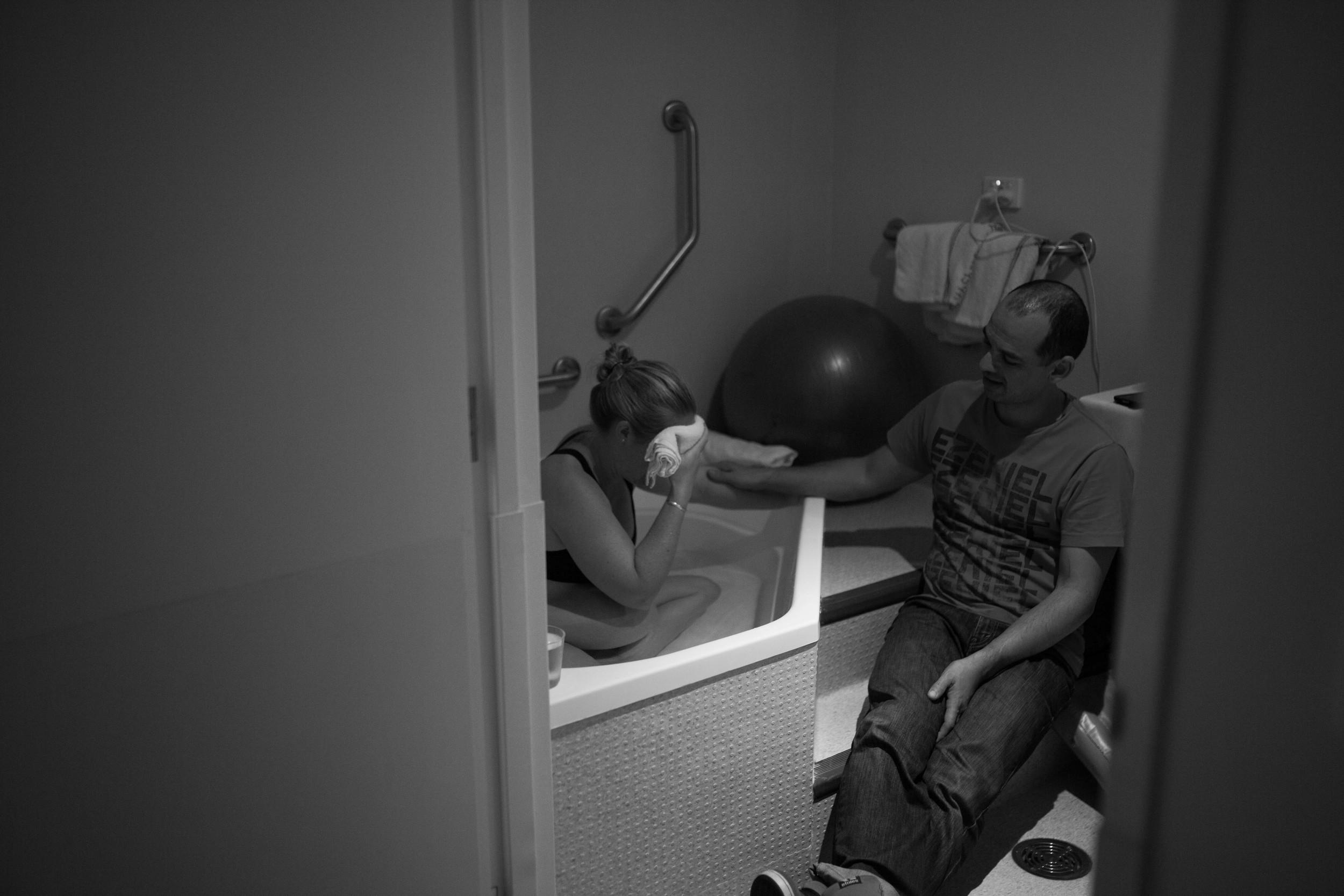THEFIRSTHELLO - birth photography-158.jpg