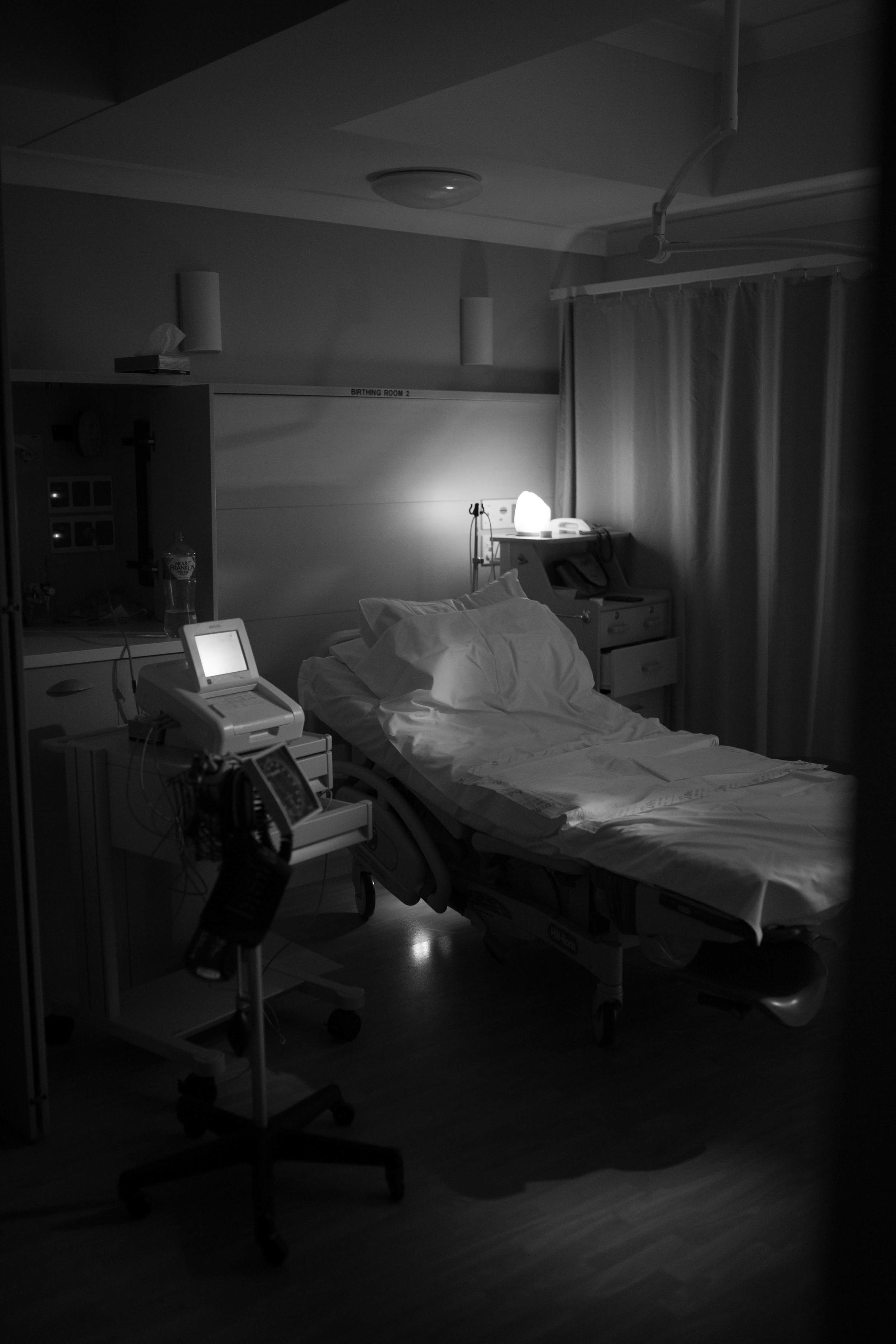 THEFIRSTHELLO - birth photography-166.jpg