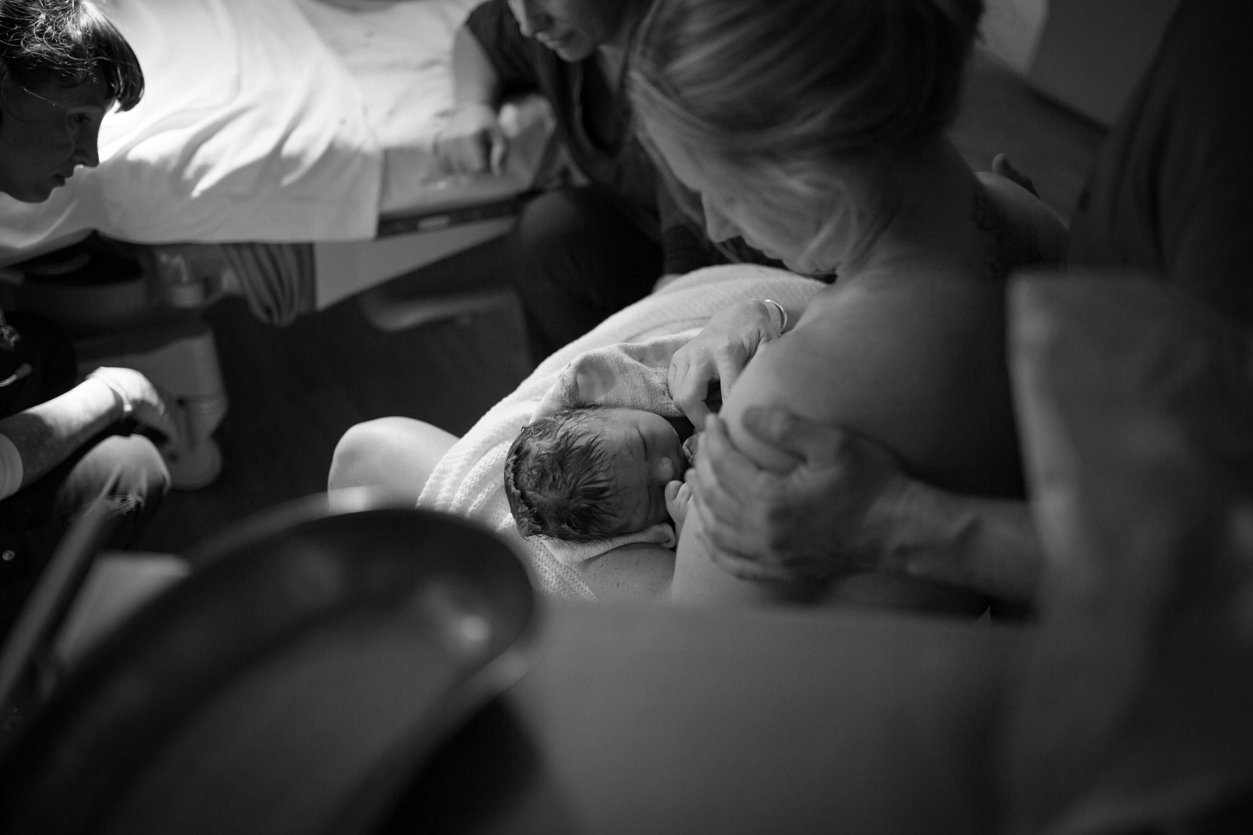 THEFIRSTHELLO - birth photography-51.jpg