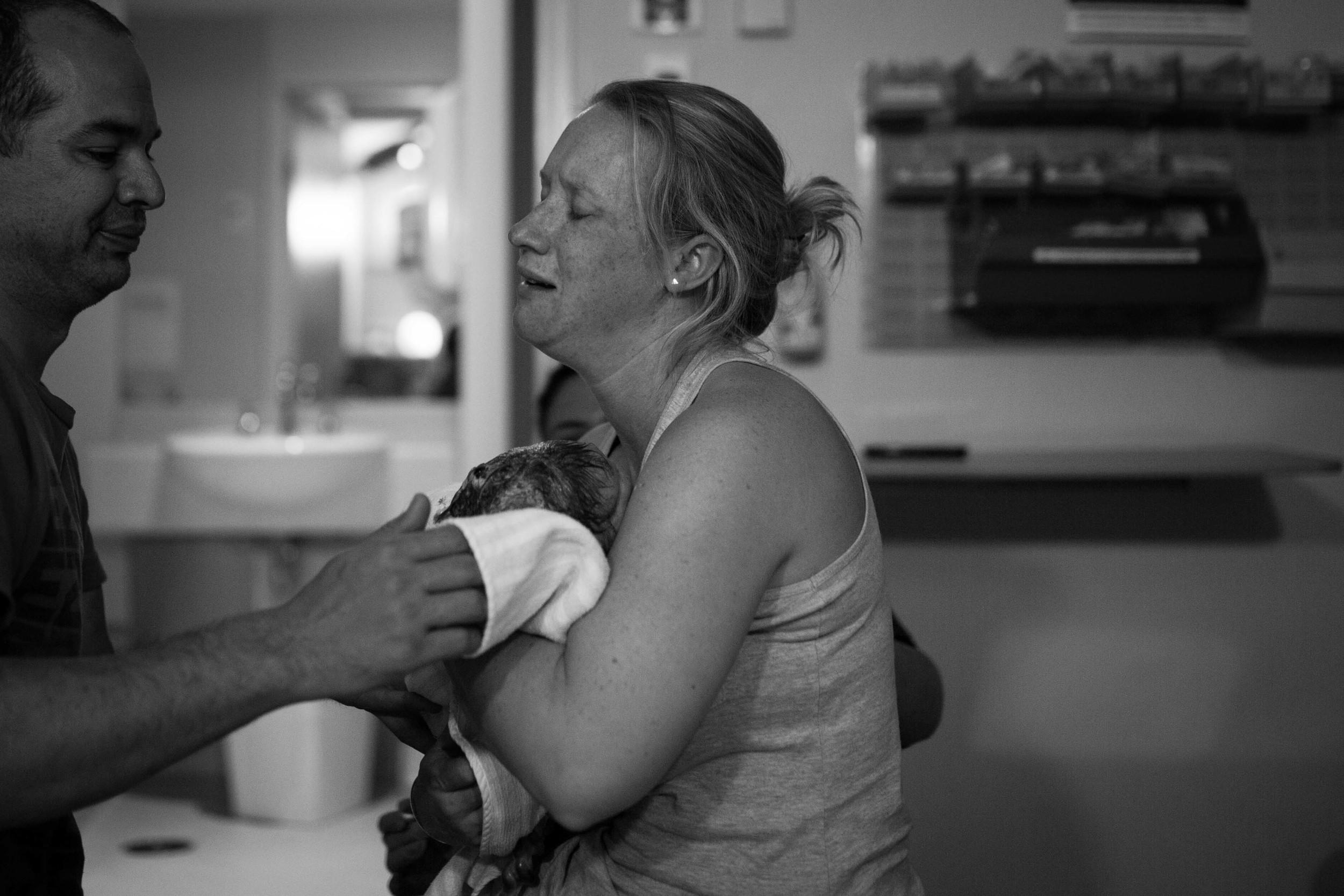 THEFIRSTHELLO - birth photography-100.jpg