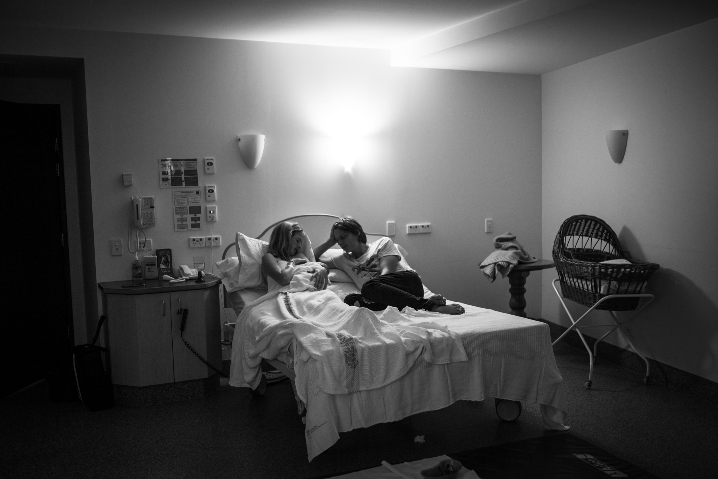 THEFIRSTHELLO - birth photography-92.jpg