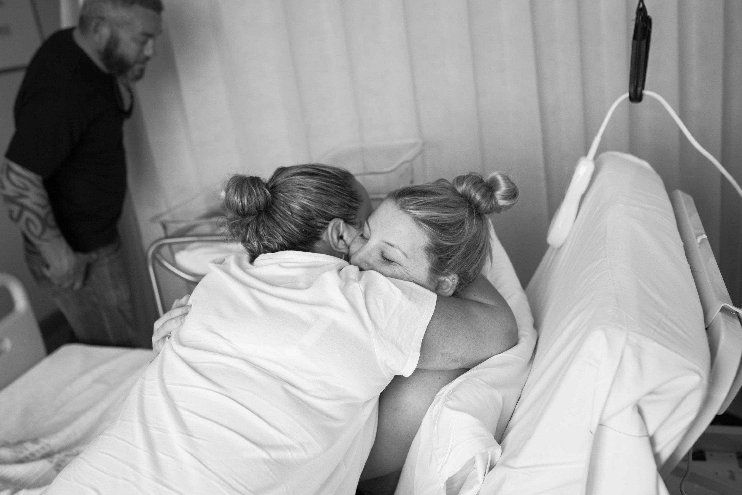 THEFIRSTHELLO - birth photography-4119.jpg