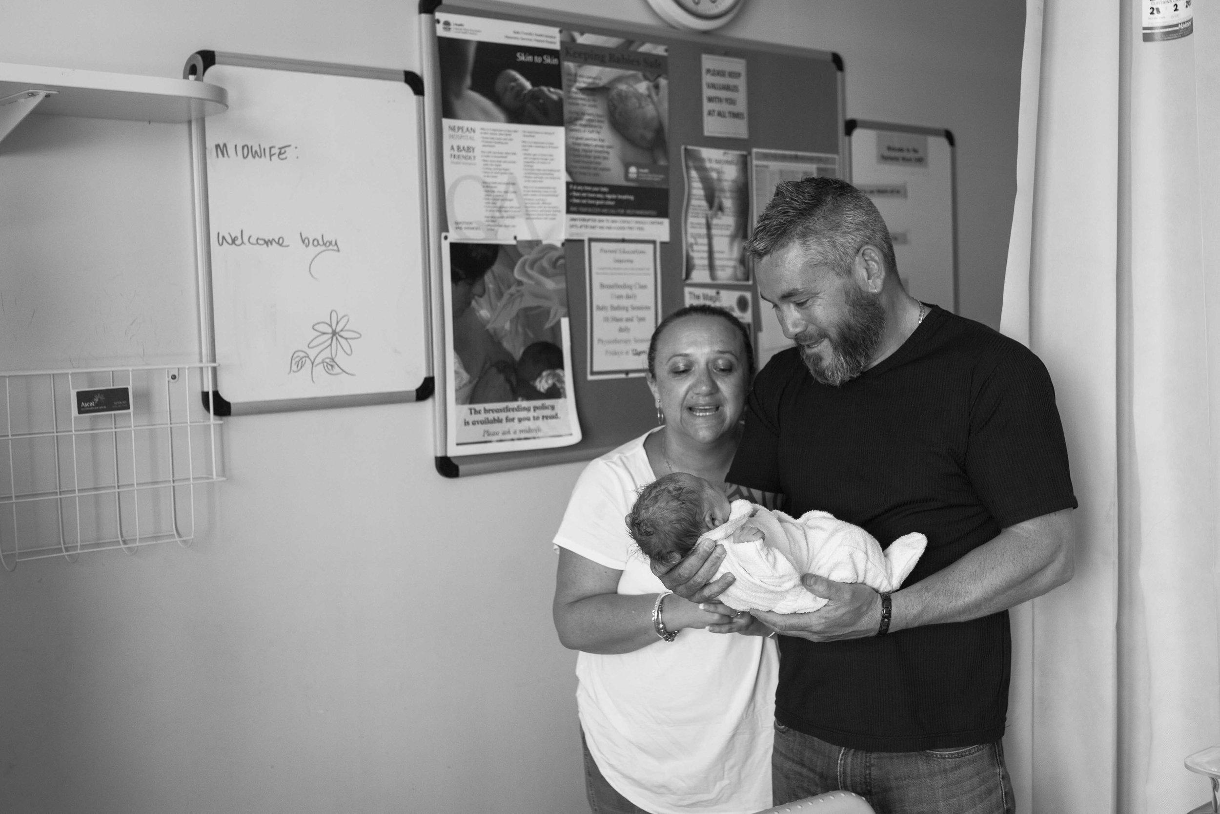 THEFIRSTHELLO - birth photography-4141.jpg
