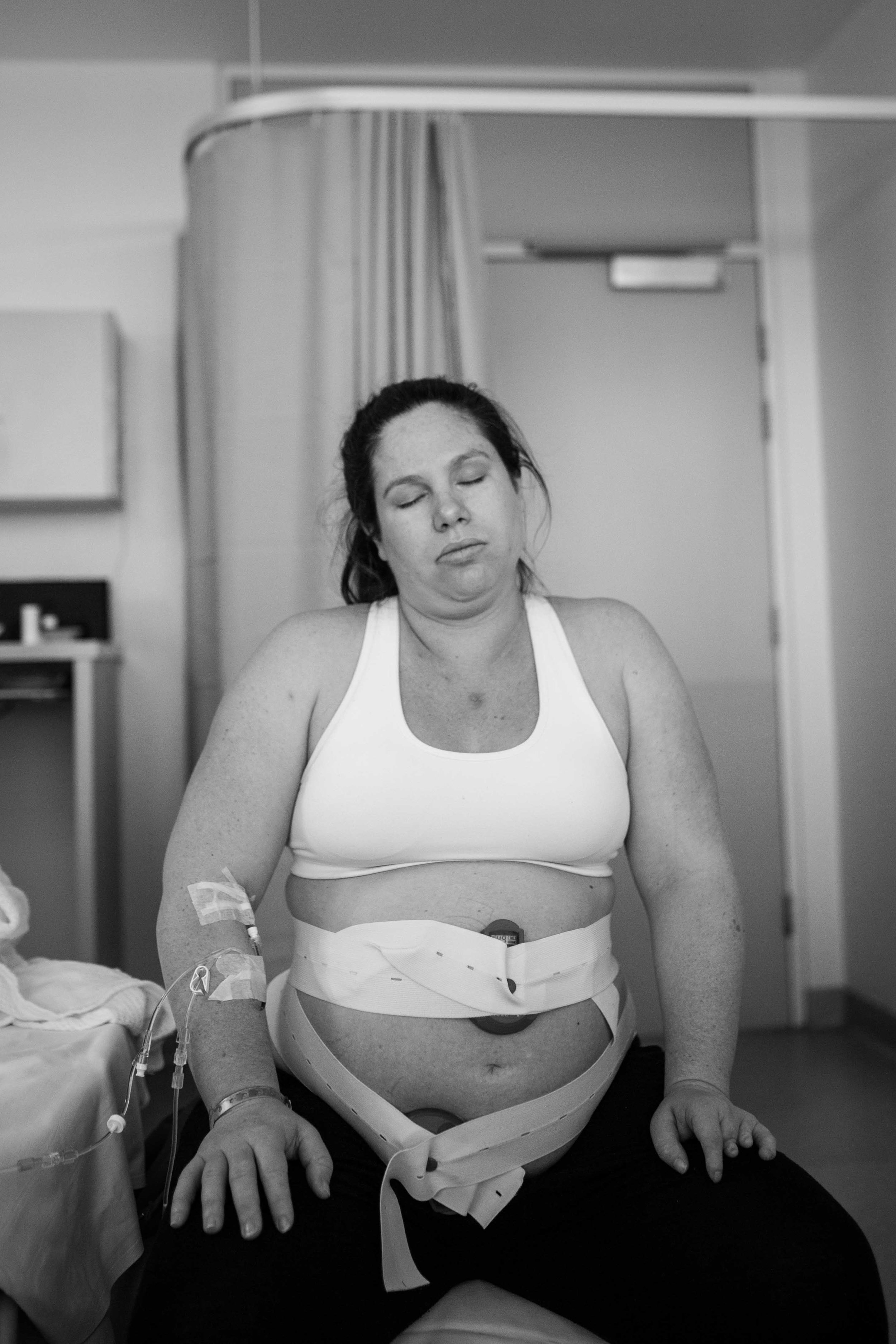 THEFIRSTHELLO - Birth Photography-24.jpg
