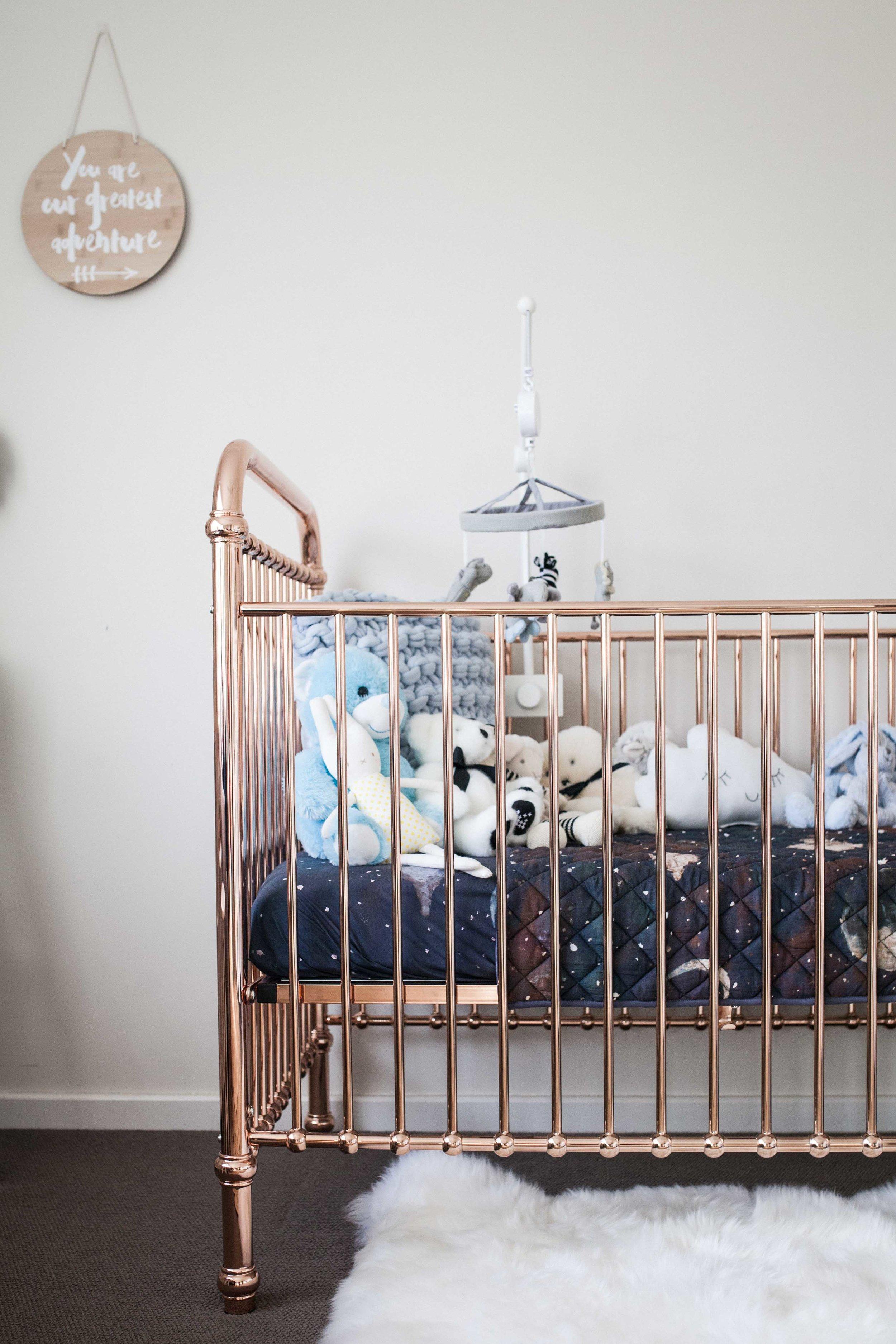 THFIRSTHELLO - birth photography-21.jpg
