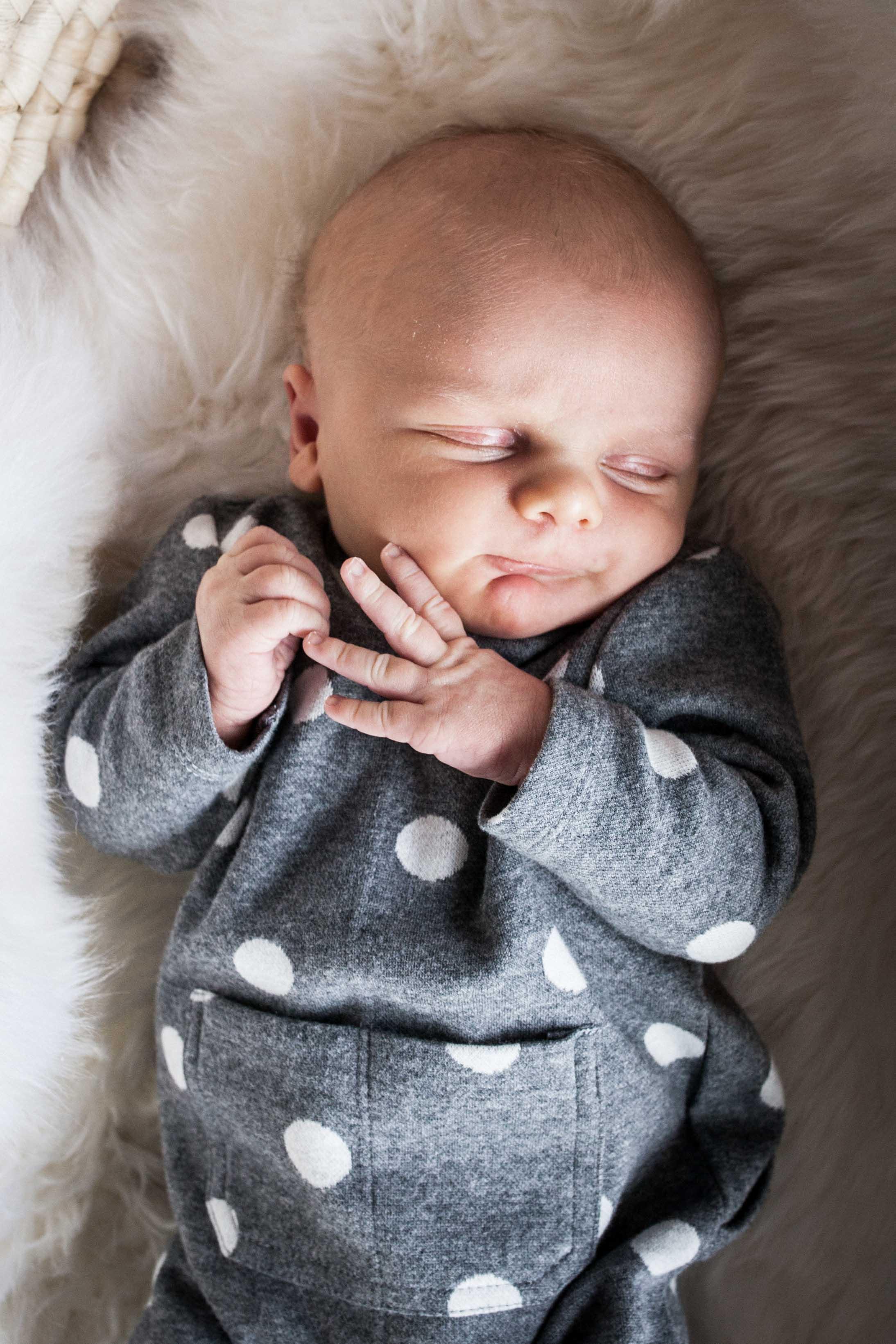THFIRSTHELLO - birth photography-76.jpg
