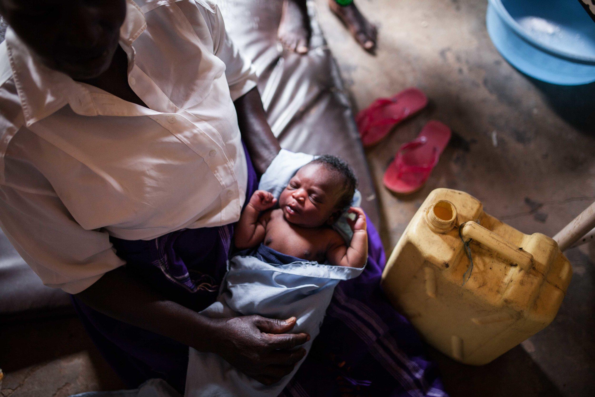 TFH - Birth Photography Uganda -25.jpg