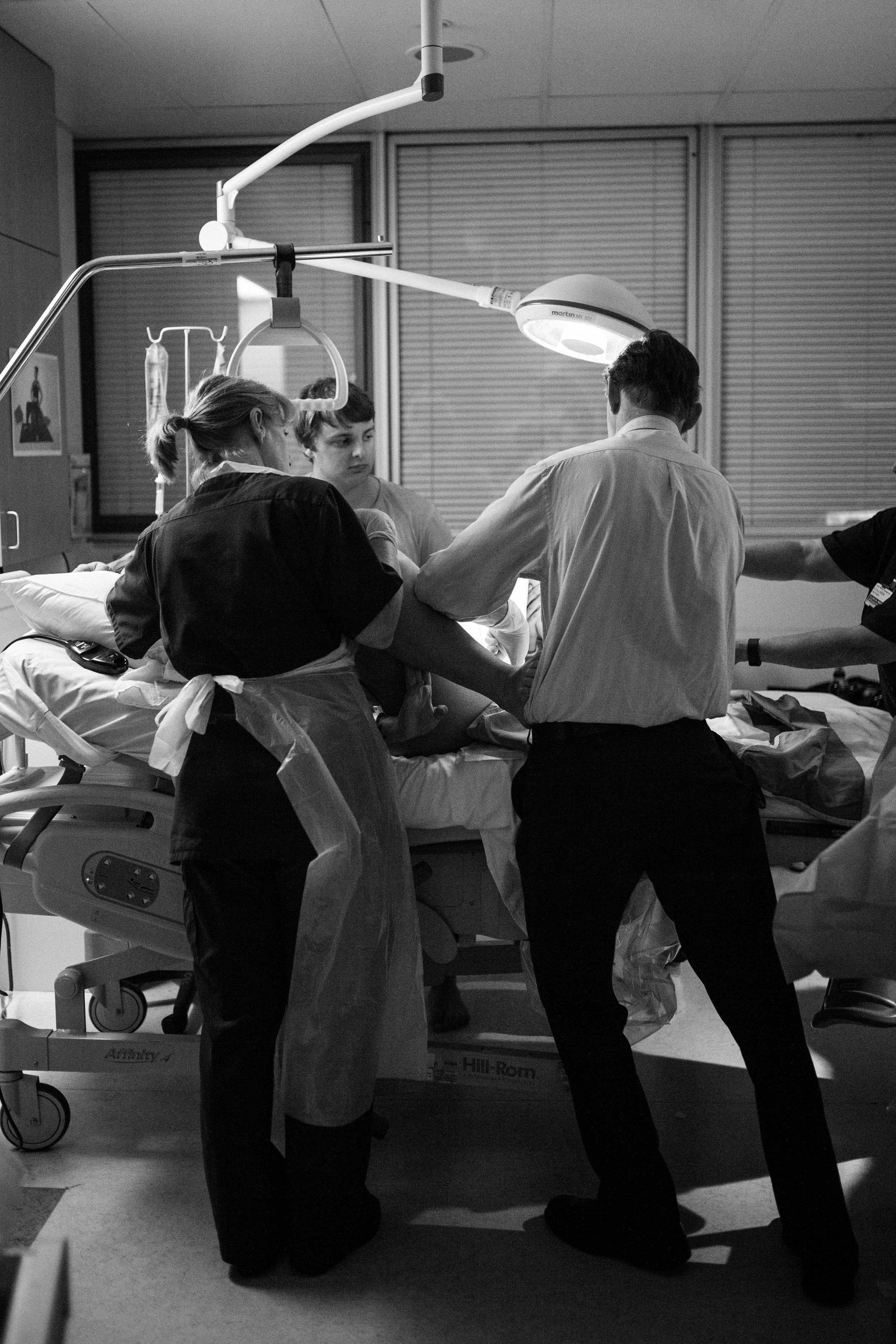 THEFIRSTHELLO - birth photography-76.jpg