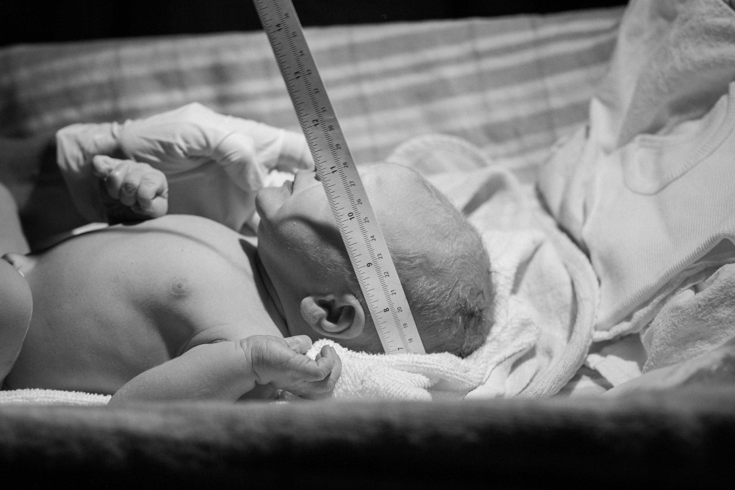 THEFIRSTHELLO - birth photography-130.jpg