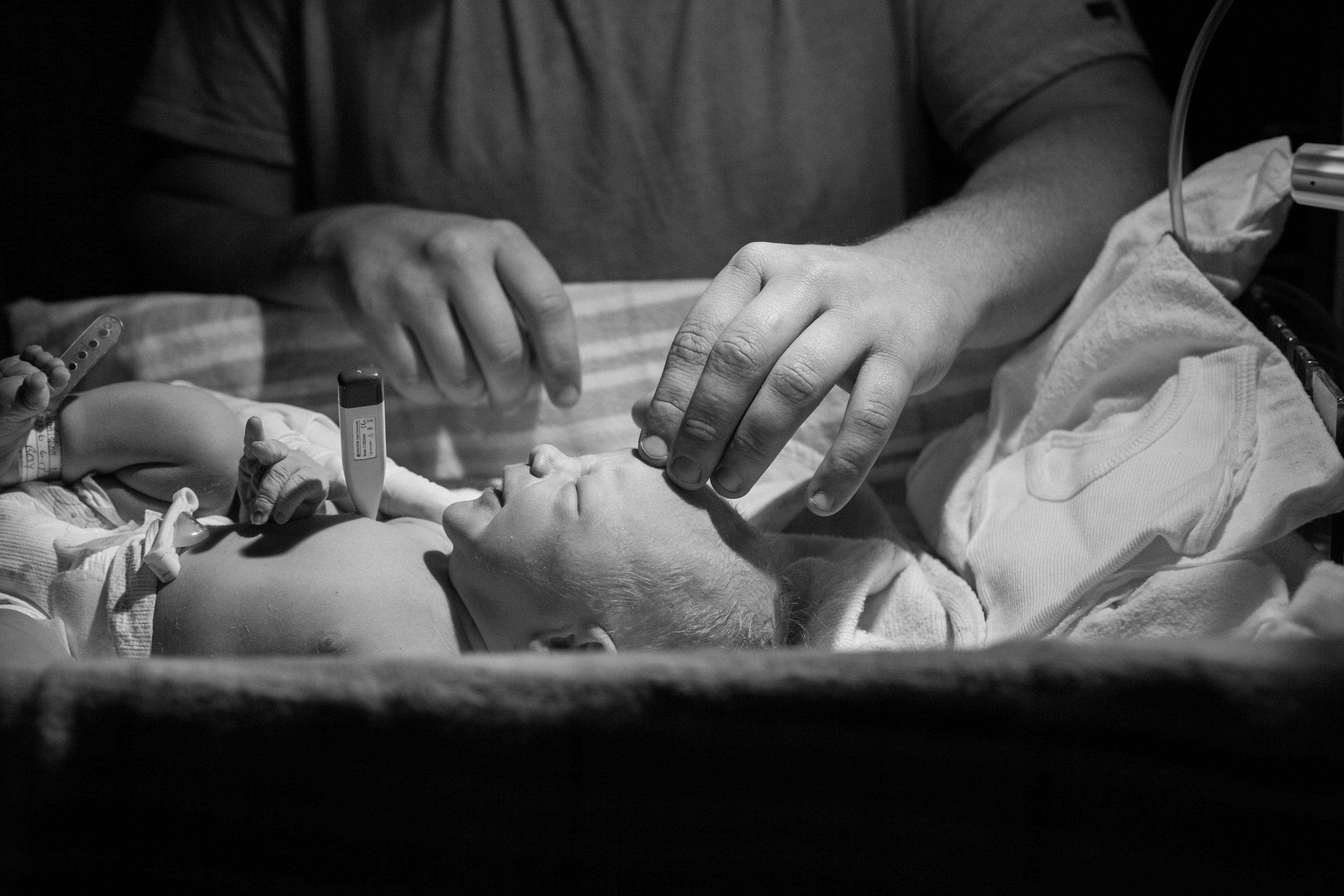 THEFIRSTHELLO - birth photography-136.jpg