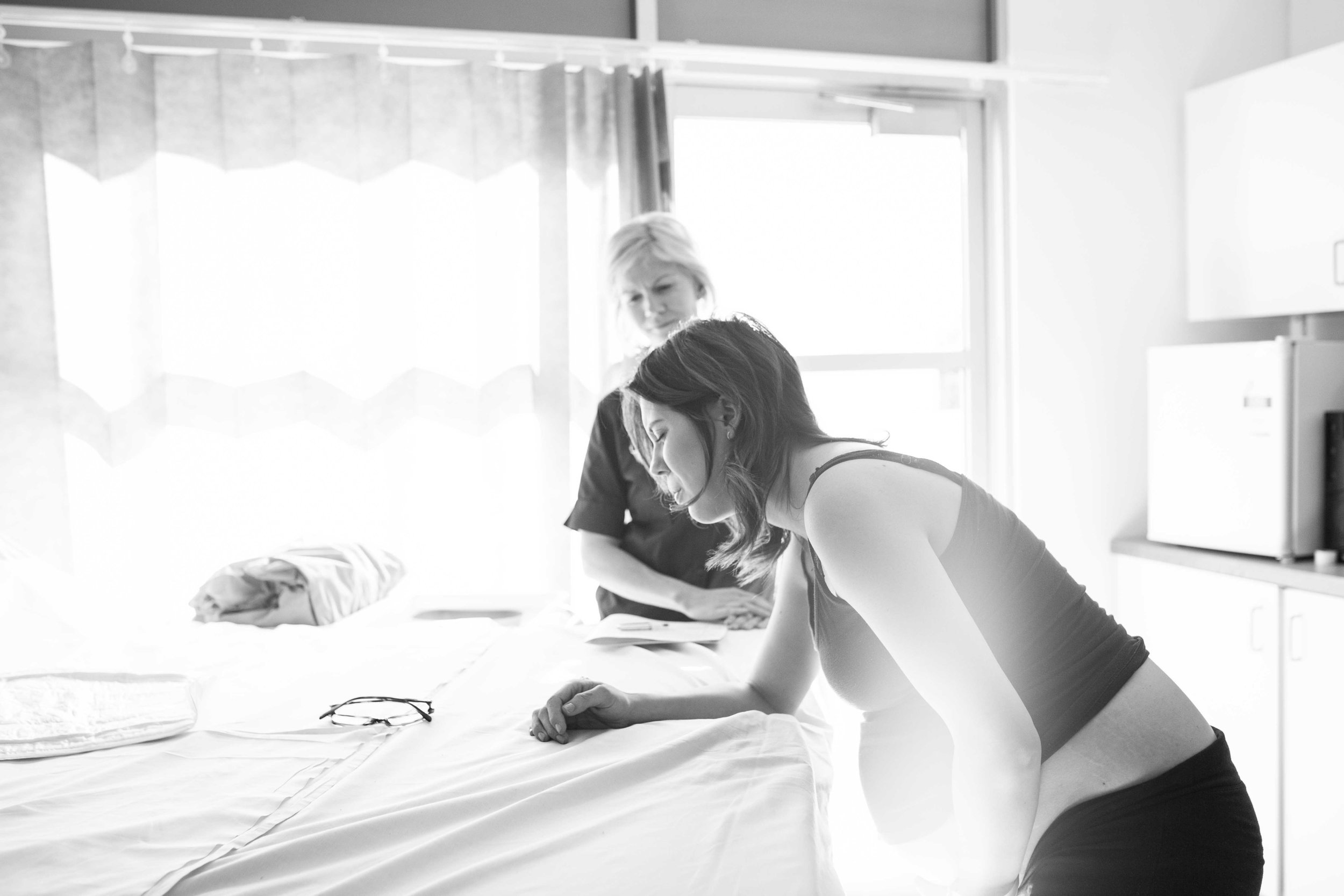 THEFIRSTHELLO - birth photography-44.jpg