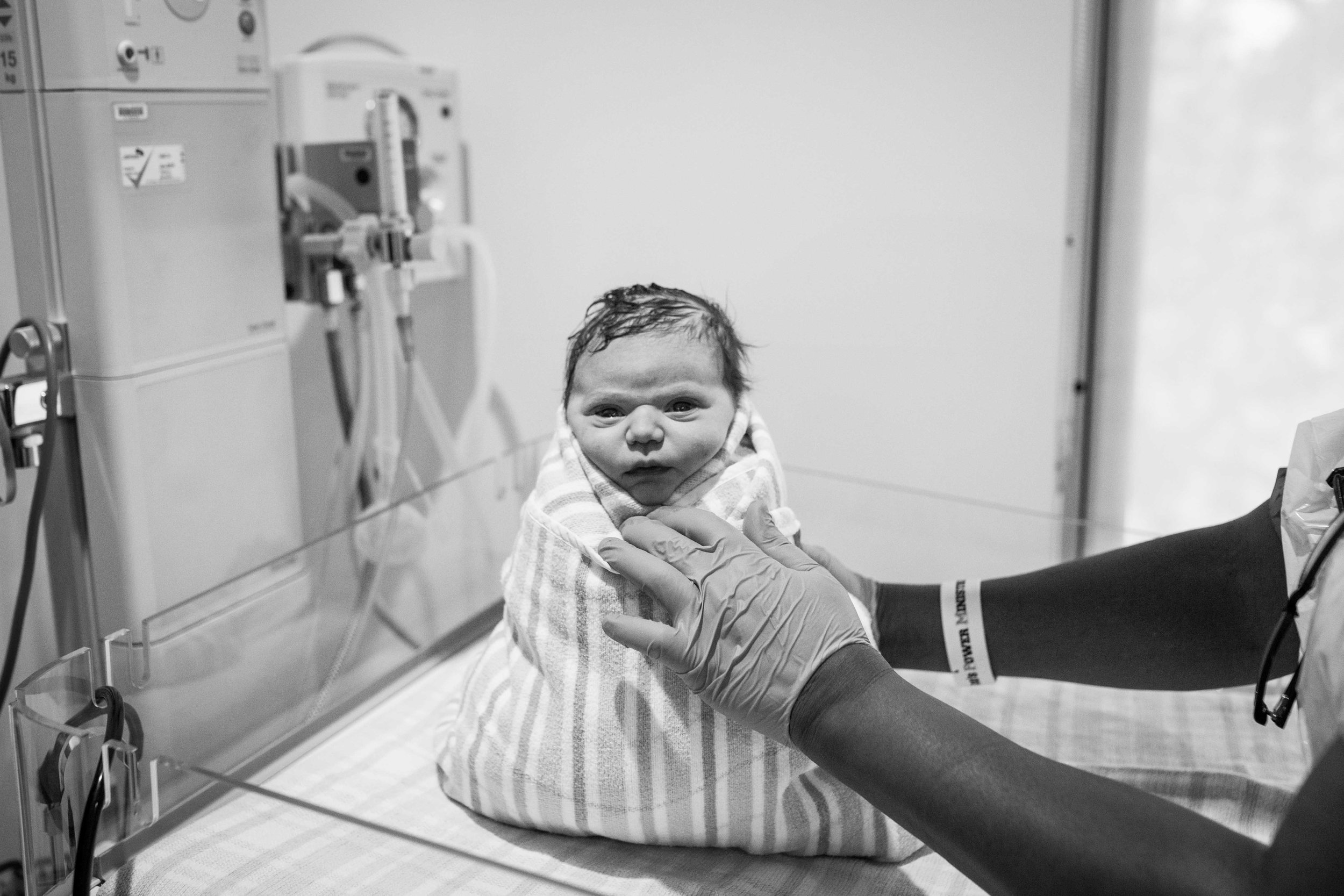 THE FIRST HELLO - birth photography-178.jpg