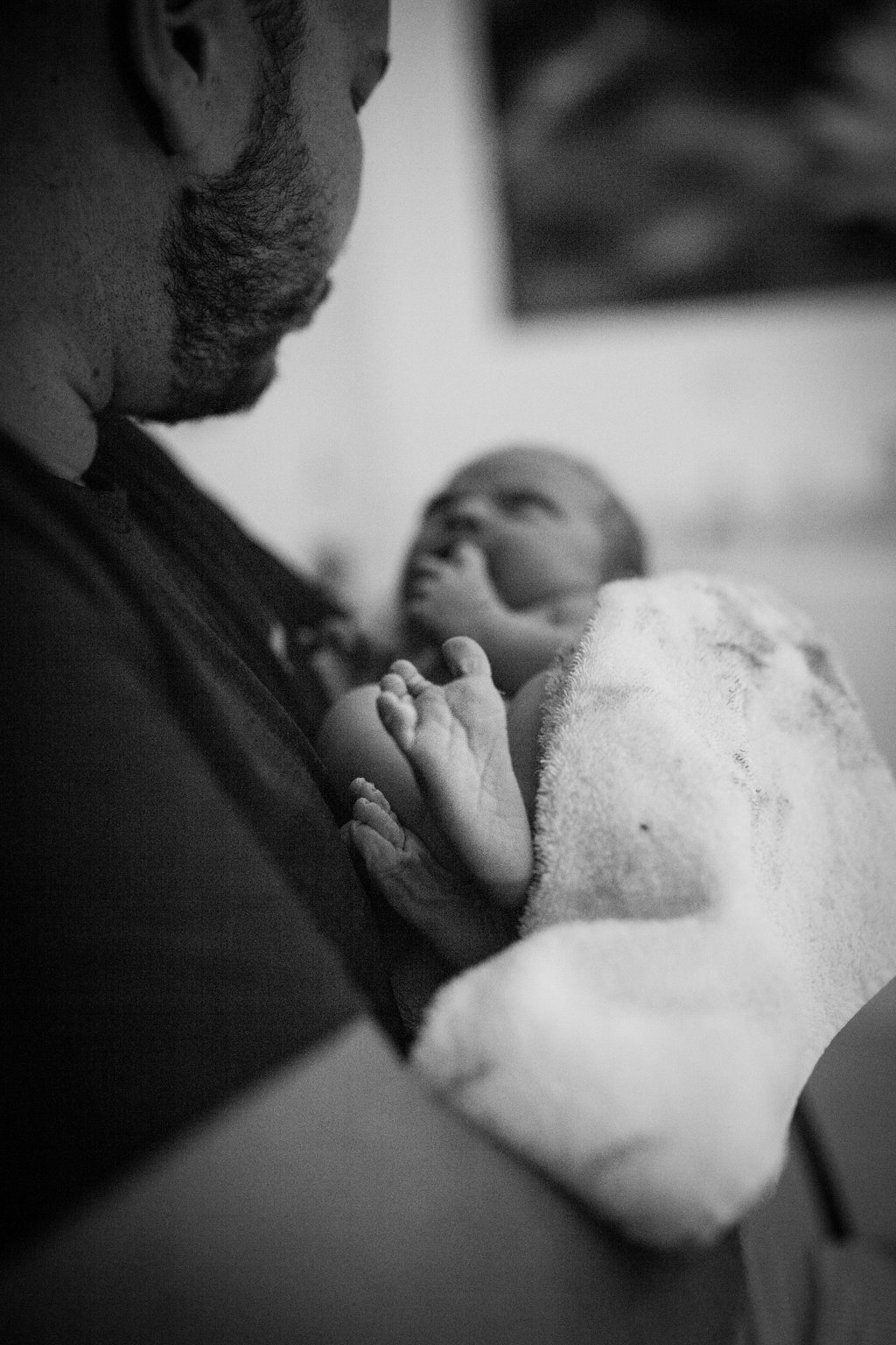 THEFIRSTHELLO-birthphotography-95.jpg