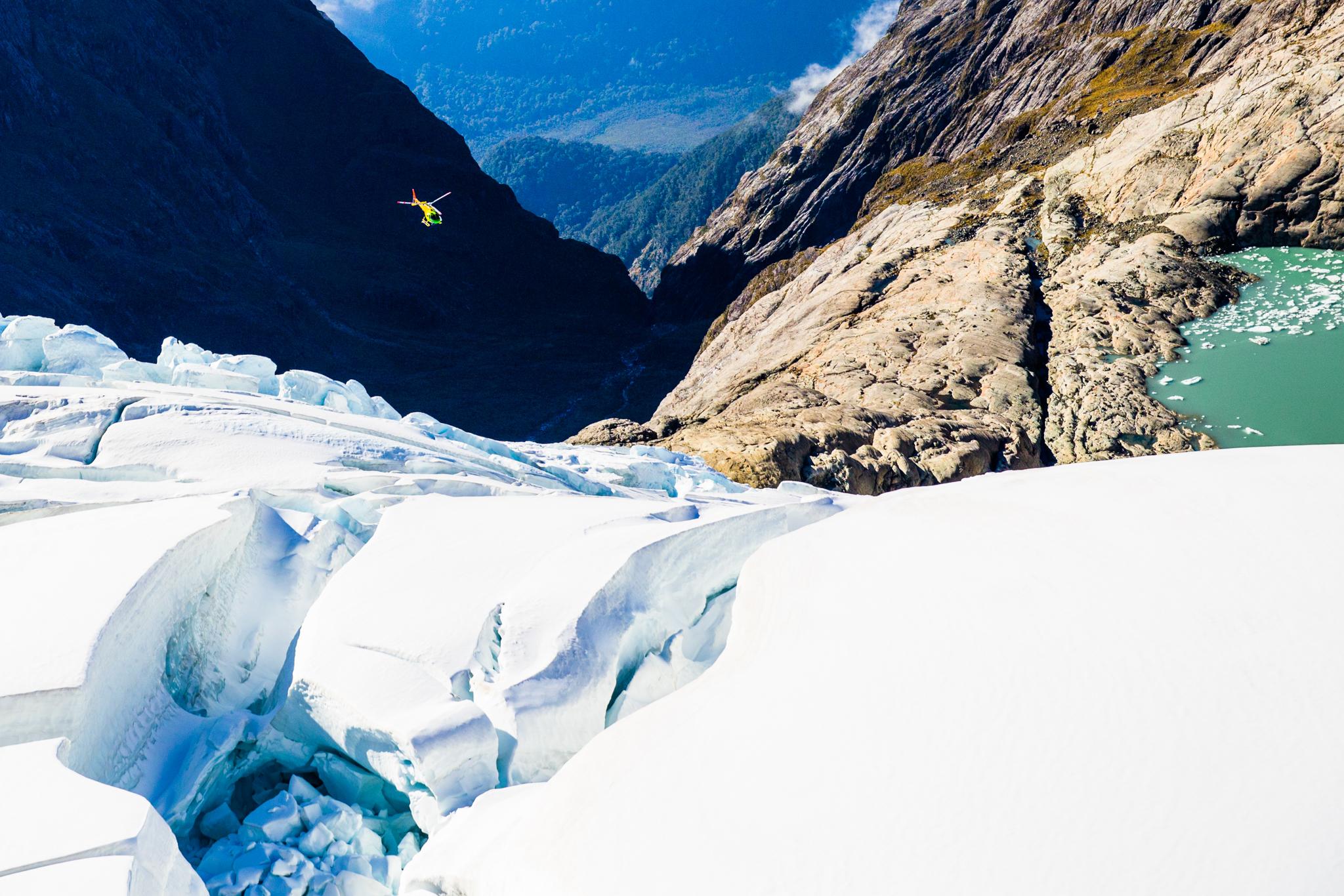 Helicopter-Fjordlands-NewZealand-Matt-Dunbar2 (1).jpg
