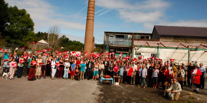Public support for the Atmos Totnes project on the day of the official announcement of the site purchase.