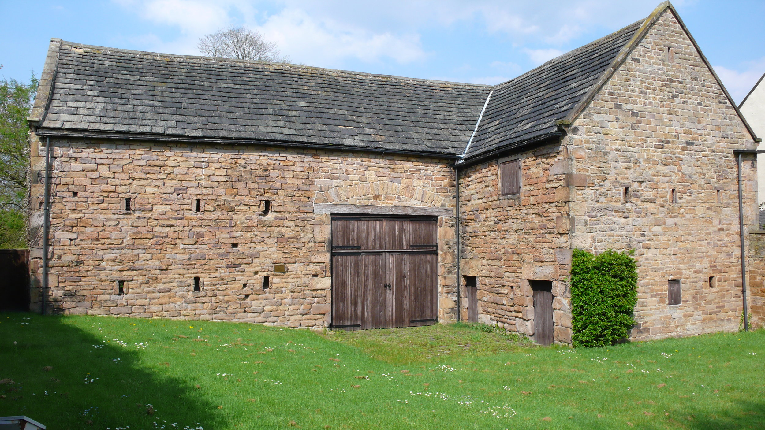 Dronfield Hall Barn before restoration.jpg