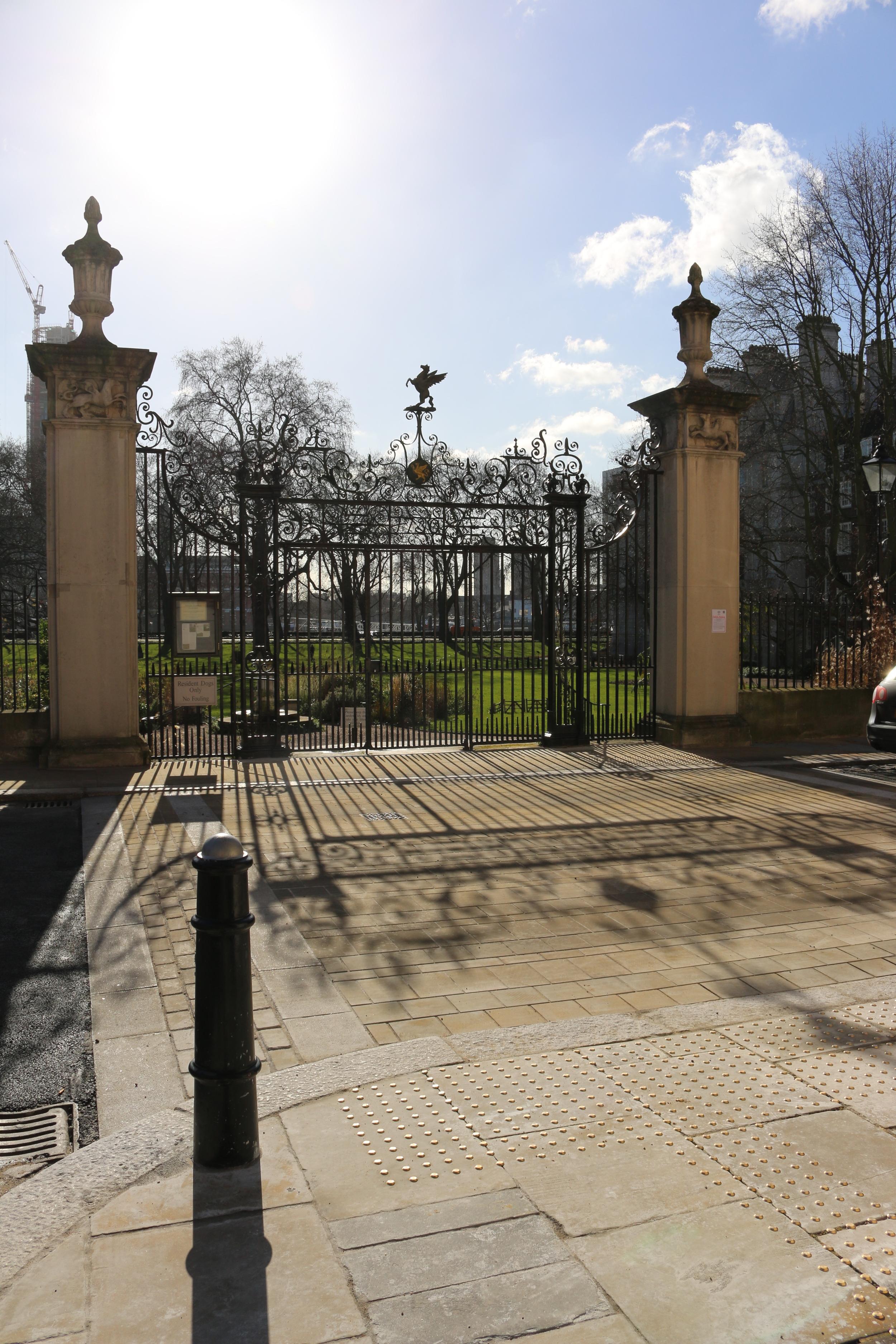 Garden gates 170215.jpg