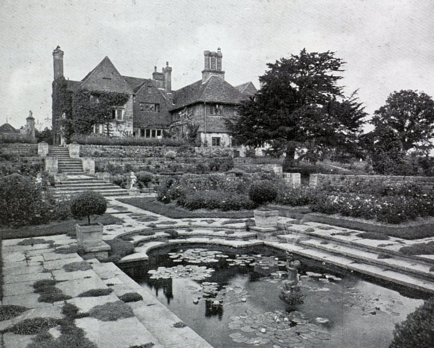 Dutton Homestall garden.jpg