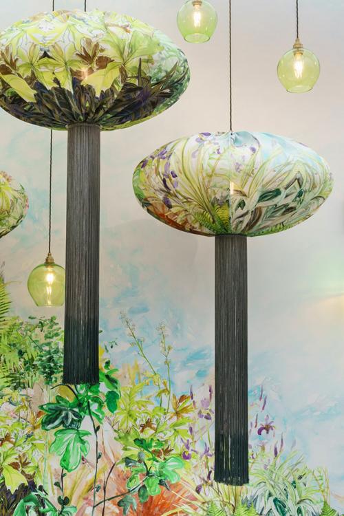 Silk-Lantern-Light-UME_Exhib2.jpg