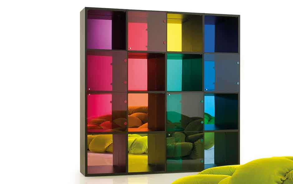 13/20 Lineari by Massimo Morozzi is part of the Paessagi Italiani storage series that Edra has been developing in artful, often playful, combinations of form and colour.