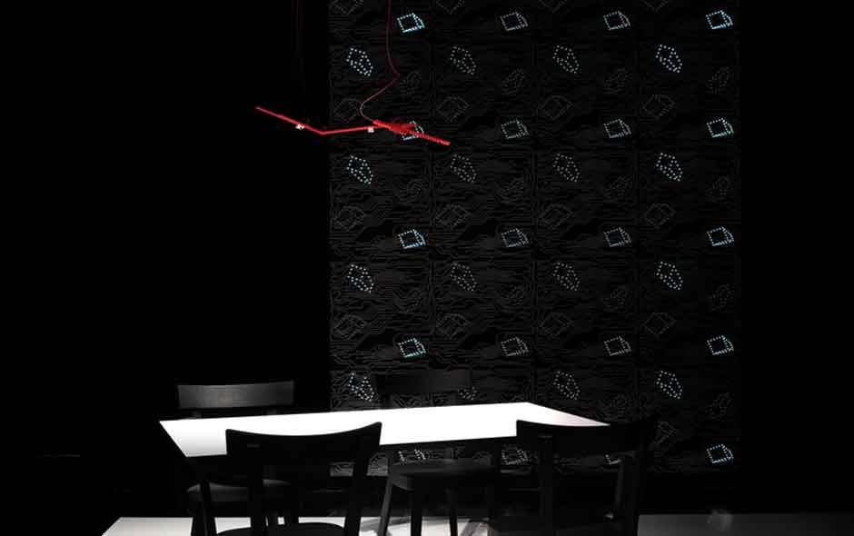 2/7 Ingo Maurer's LED Wallpaper was selected as 'Best of Best' among the winners of the Interior Innovation Award in Germany.