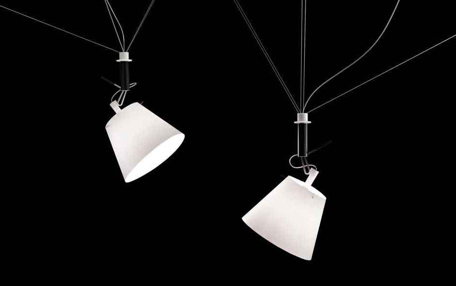 3/7 Designed by Christoph Matthias Da+Dort combines the warmth of a paper shade with the technology of a cleverly flexible hanging mechanism.