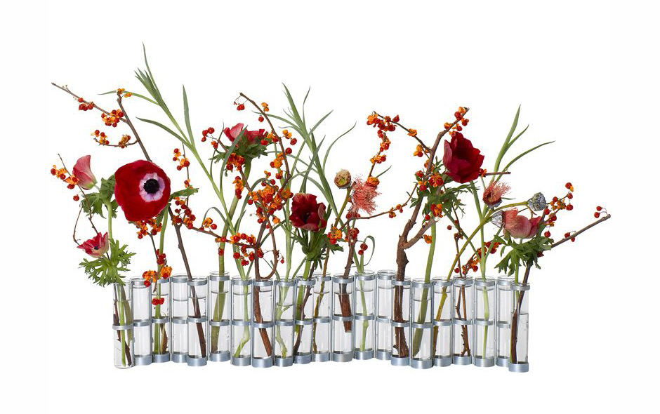 1/6 One of Tsé & Tsé's most famous designs, the April Vase is constructed of test tubes and cleverly detailed holsters.