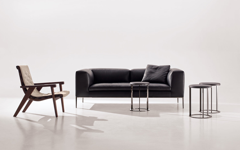 1/7 The highly flexible sofa system, Michel, designed by Antonio Citterio for B&B Italia.
