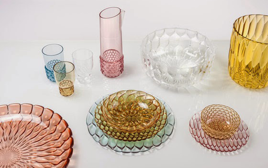 2/6 Patricia Urquiola's line of plates, trays, glasses, bowls and carafes are classic and jewel-like, with a different pattern in each line brought to life in soft transparent colour.
